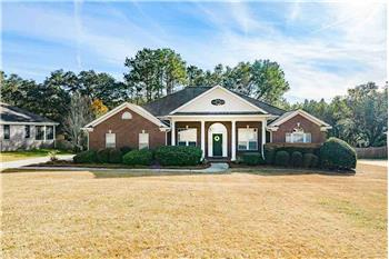 Primary listing photos for listing ID 581638