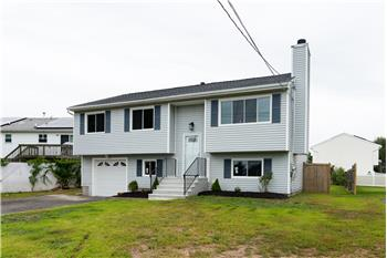 711 Silver Sands Rd, Trumbull, CT