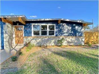 726 Santa Clara, KINGSVILLE, TX