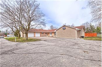 Primary listing photos for listing ID 584579