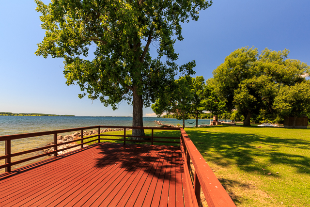 PERFECT PARTY DECK AT WATERS EDGE