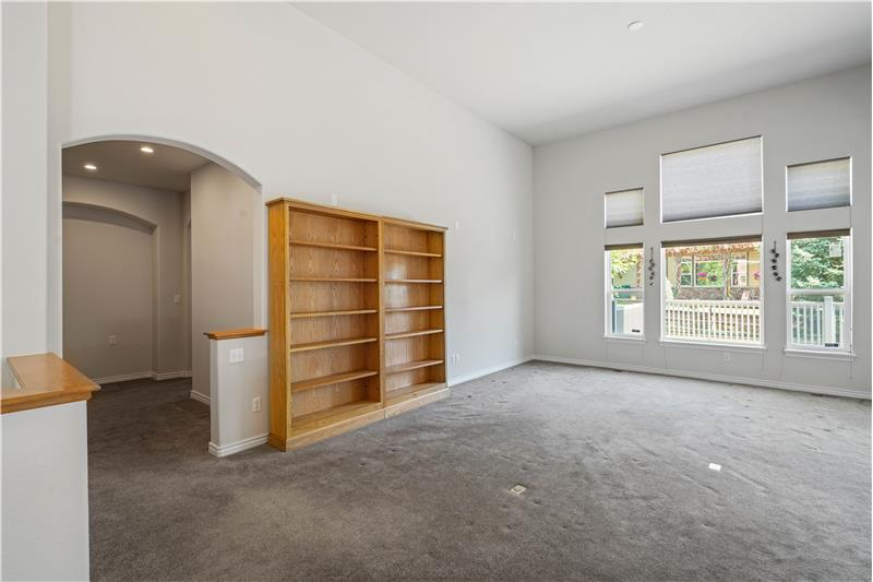 At left is a 7'x12' common area between the two bedrooms.