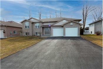 Primary listing photos for listing ID 583962