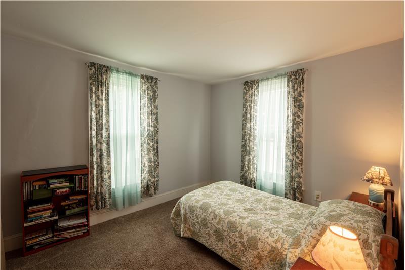807 Penn Street, Bryn Mawr, Bedroom 1