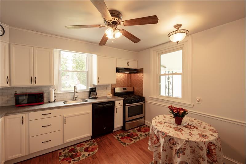 807 Penn Street, Bryn Mawr, Kitchen