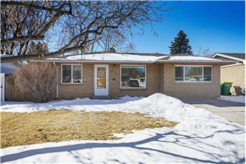 8071 W. 16th Place, Lakewood, CO