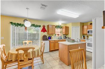 809 Deer Glen Ct, Fruitland Park, FL