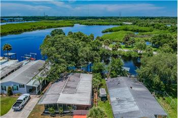 815 Riveview Lane, Tarpon Springs, FL