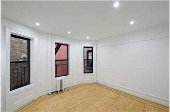 82 Washington Place #6D, New York, NY