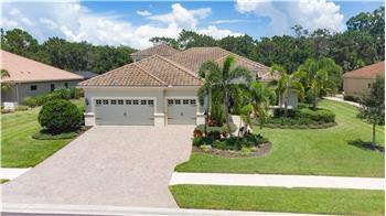 8236 Larkspur Circle, Sarasota, FL