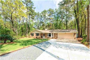 Primary listing photos for listing ID 584150