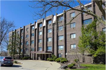 8444 W Wilson Ave 305S, Chicago, IL