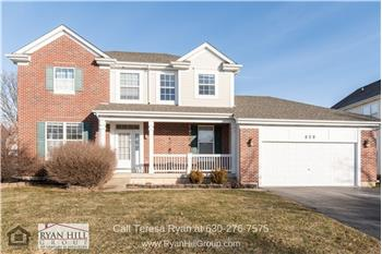 858 Bellflower Ln, Bolingbrook, IL