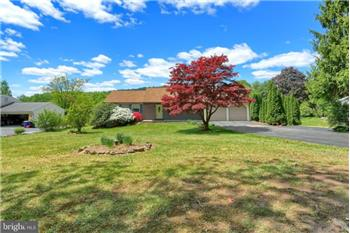 867 Moores Mountain Road, Lewisberry, PA