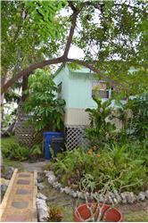 868 Narragansett Ln, Key Largo, FL