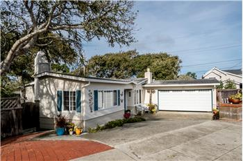 902 Hillcrest Court, Pacific Grove, CA