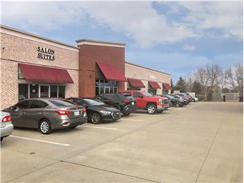 915 Tiny Town Rd C, Clarksville, TN