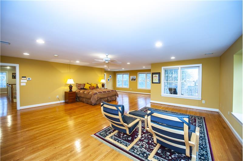 930 Academy Lane Furnished Rental Master Bedroom