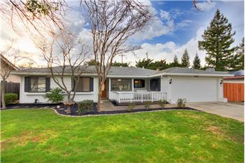 9436 Polhemus Dr, Elk Grove, CA