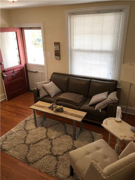 947 Sargent Avenue Living Room