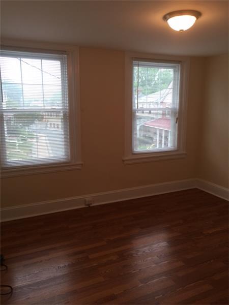 947 Sargent Avenue Master Bedroom