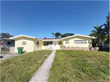 975 NE 174th St, North Miami Beach, FL