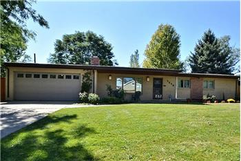 7470 Pike View Court, Lakewood, CO