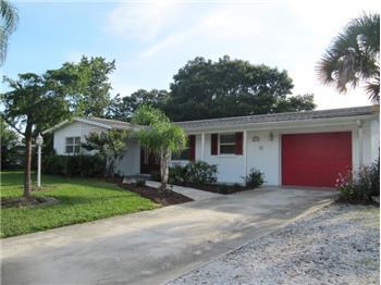 2721  Croton Ave, Sarasota, FL