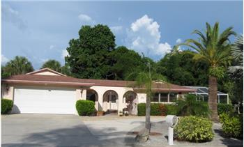 622 Tropical Circle, Sarasota, FL
