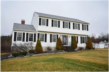 16 Early View Lane, New Milford, CT
