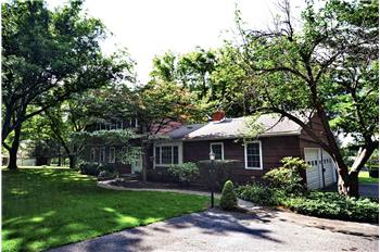 287 Chestnut Land Rd, New Milford, CT