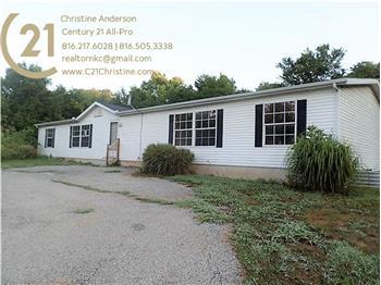 1600 S 94th St, Edwardsville, KS