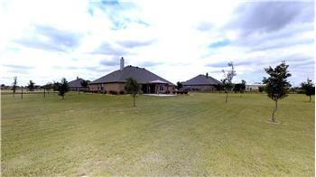 7711 Clover Ridge Dr, Northlake, TX