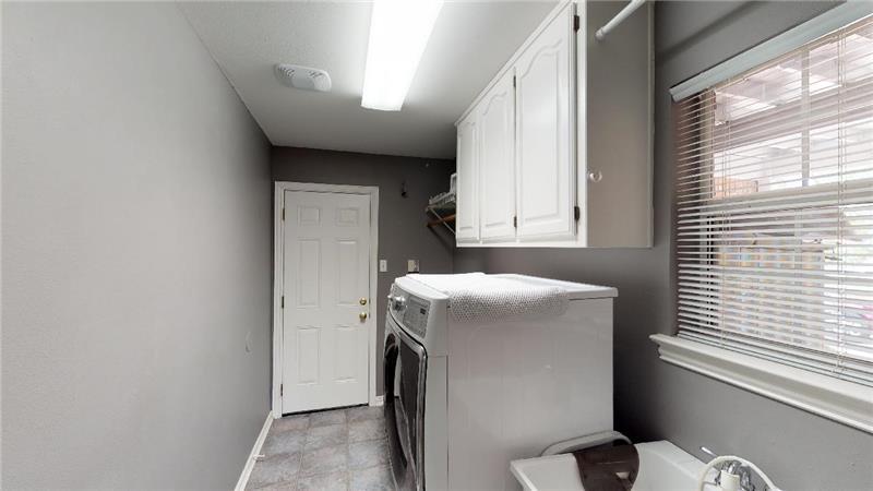 Huge laundry room!