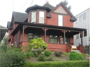 4017 5th Ave NE, Seattle, WA