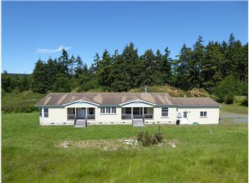 3758 Hoffman Rd, Oak Harbor, WA