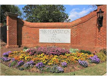 28102  Plantation Drive NE 102, Atlanta, GA