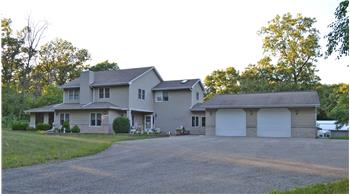 886 East 900 North, Wheatfield, IN