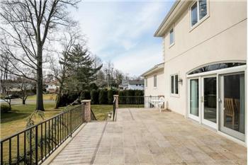 eastchester rental backpage