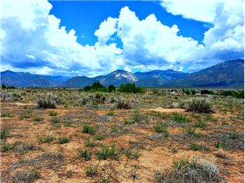 Nr. 115 Hwy. 522, El Prado (Taos), NM