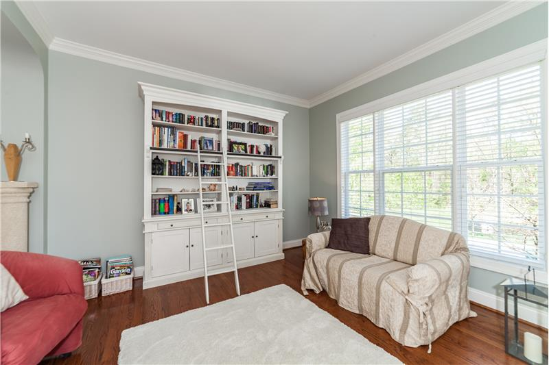 1601 Bellenden Drive, Durham, NC Living Room