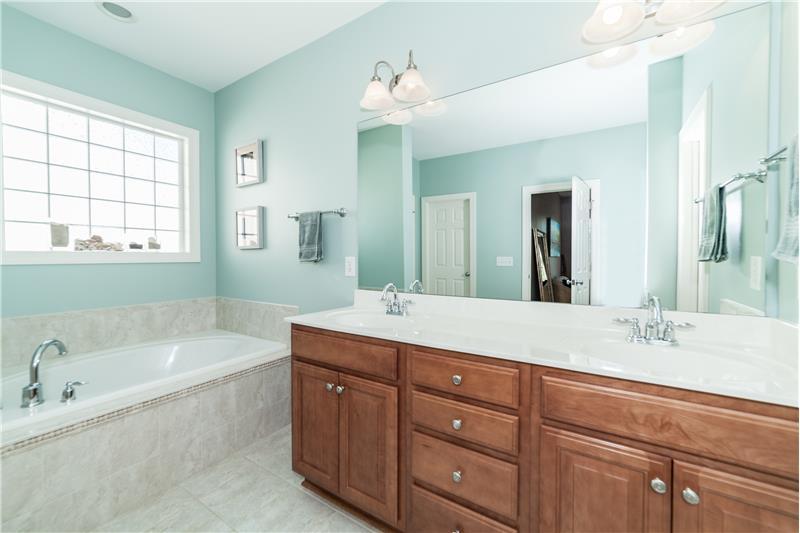 1601 Bellenden Drive, Durham, NC Master Bath