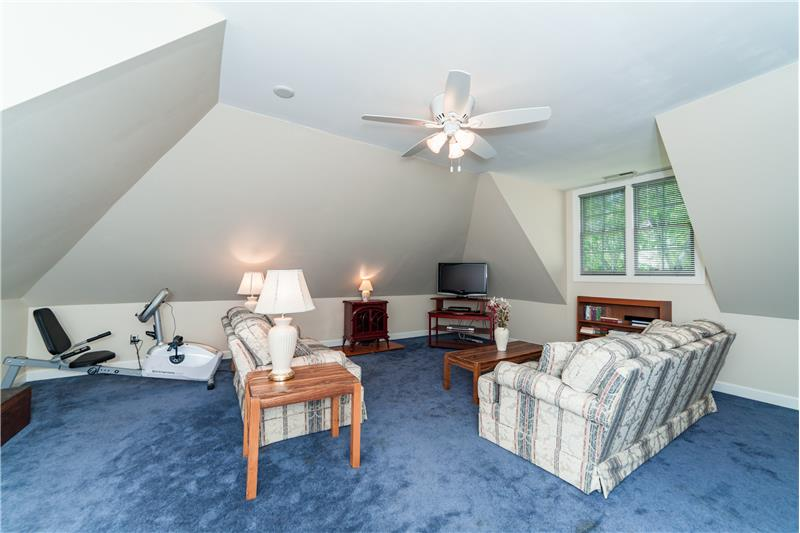 201 Seymour Creek Drive, Cary, NC Bonus room