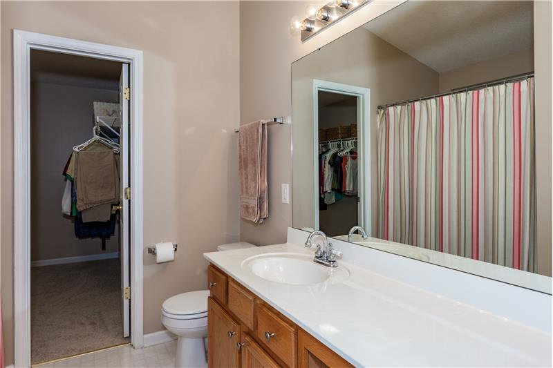109 Chilmark Ridge Drive, Holly Springs, NC Master Bathroom