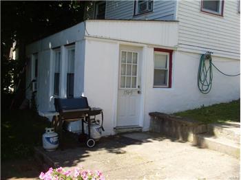 156 Windermere Ave, Warwick, NY