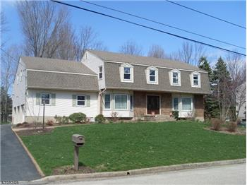 25 Yorkshire Ave, West Milford, NJ