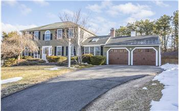 70 Welton Drive, Plymouth, MA