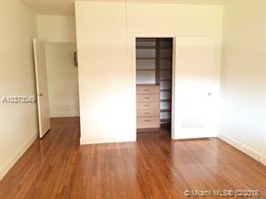Primary listing photos for listing ID 504000