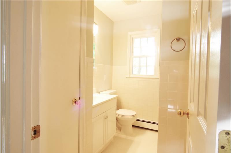 Second Floor Updated Full Bathroom