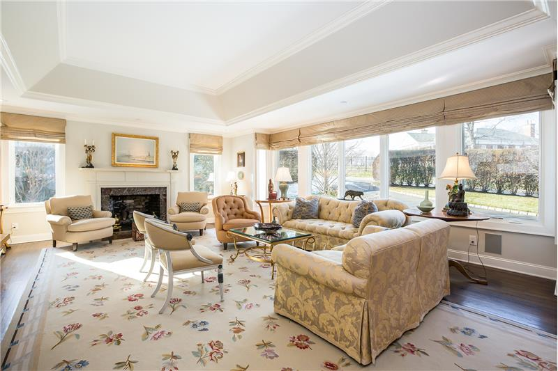Living Room with Gas Fireplace & Tray Ceiling